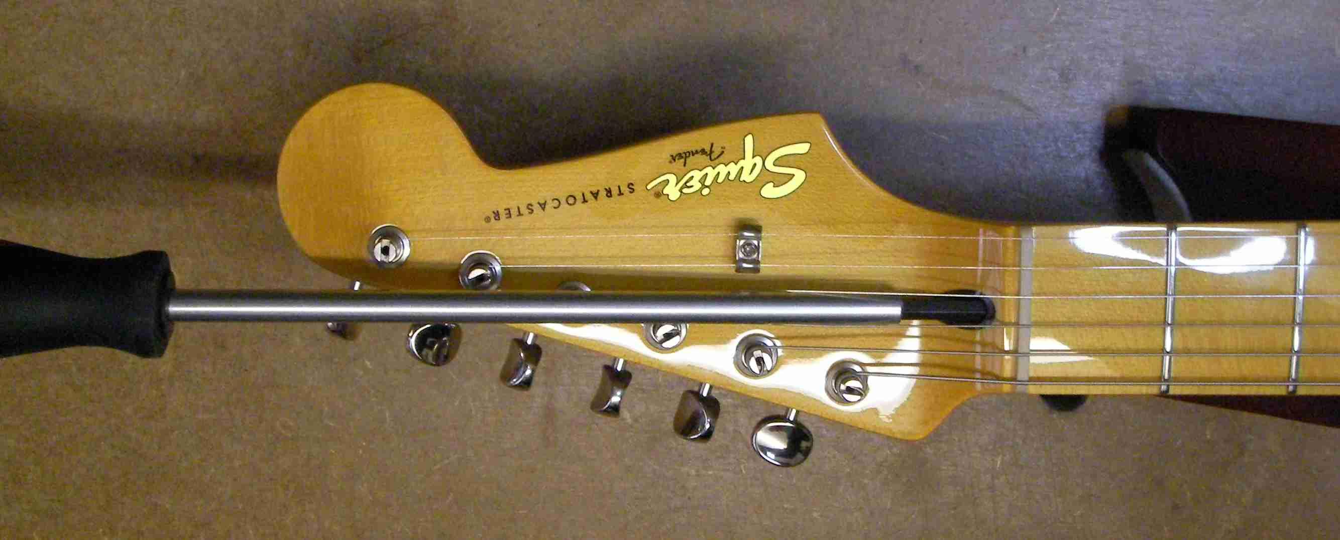 electric guitar bridge height adjustment archives guitar george. Black Bedroom Furniture Sets. Home Design Ideas